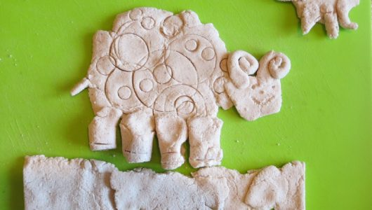 Z mąki i soli  – zdalna plastyka w przedszkolu